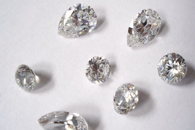 Cubic Zirconia Vs Diamond Difference And Comparison Diffen