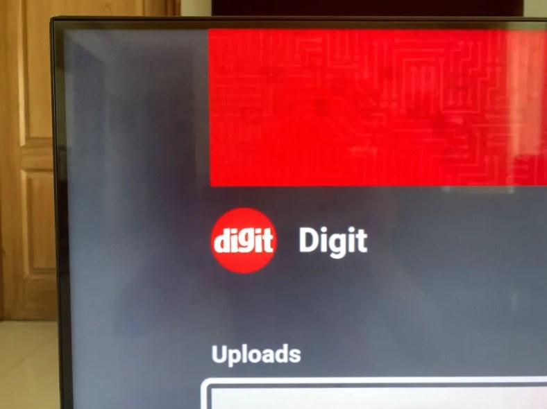 The Realme SLED TV has slim bezels.