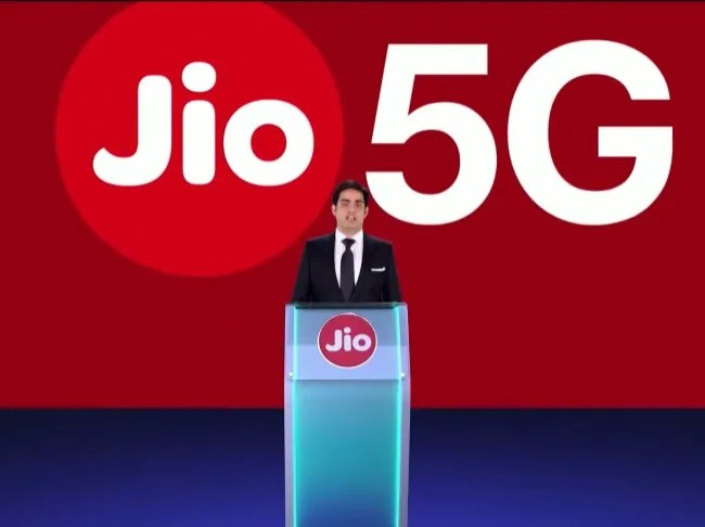 Jio is working on an affordable laptop called JioBook.
