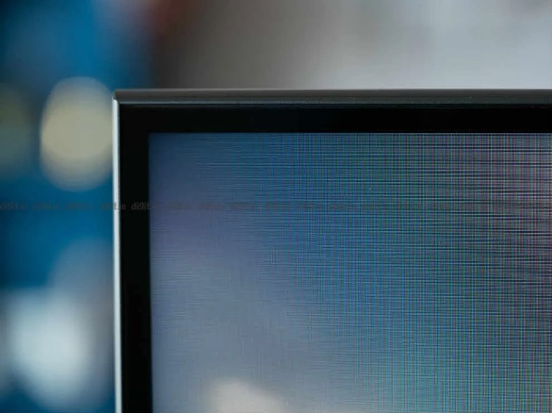 The Mi QLED TV 4K has slim bezels.