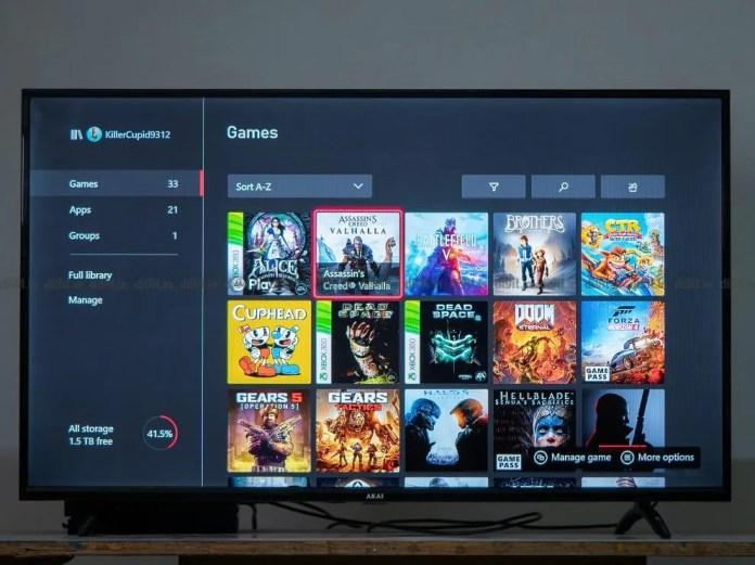 A TV FHD Akai de 43 polegadas tem um modo de jogo.