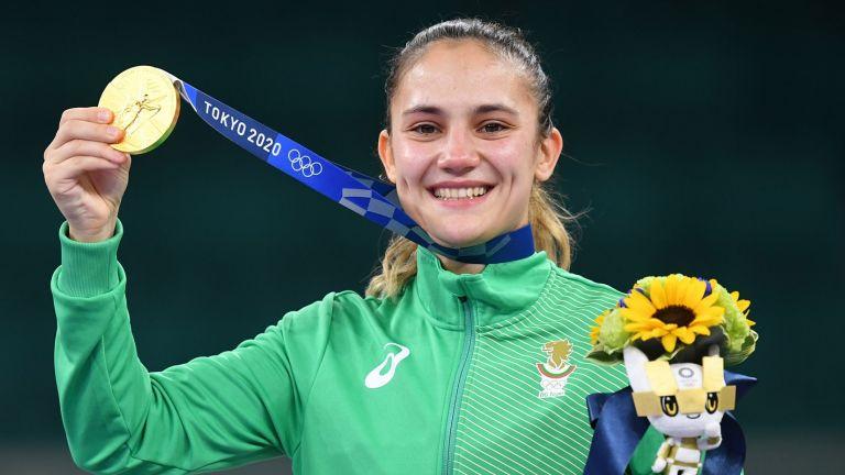 Мила Родино отново е на олимпийската сцена (снимка и видео)
