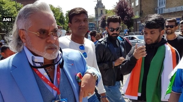 Image result for Vijay Mallya booed with 'chor, chor' chants during India-South Africa match