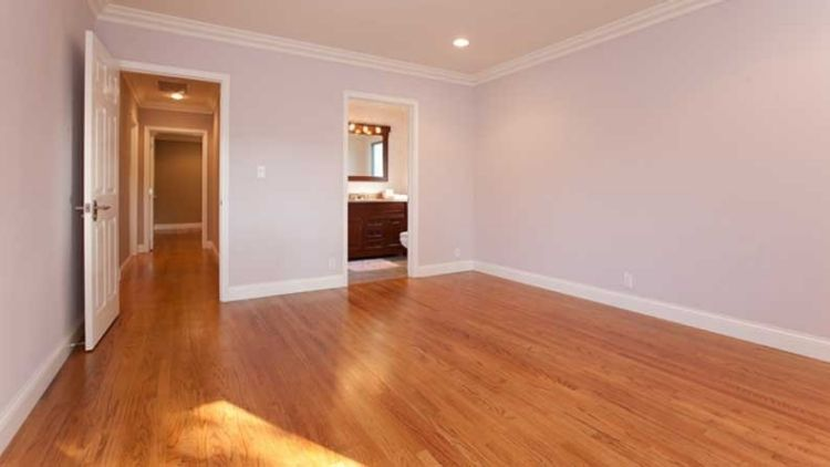 A room before virtual staging.