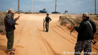 İç savaş, Libya'yı doğu ve batıdaki güçler arasındaki ikiye böldü