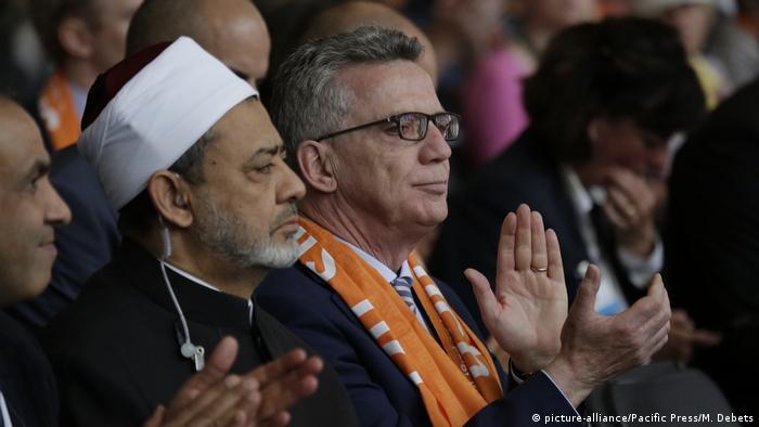 Berlin Kirchentag 2017 Dr. Thomas de Maiziere und Sheikh Ahmad Masaa al-Tayyeb