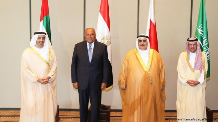 The foreign ministers of Saudi Arabia, Bahrain, Egypt and the UAE: From the right: Adel Al-Jubeir, Khalid bin Ahmed Al Khalifa, Sameh Shukry, then Abdullah bin Zayed (Manama, July 30, 2017)