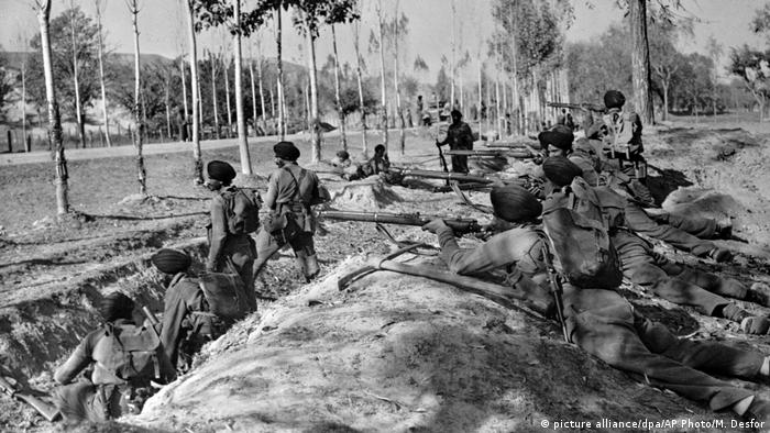 Indian Sikh troops in Kashmir (picture alliance/dpa/AP Photo/M. Desfor)