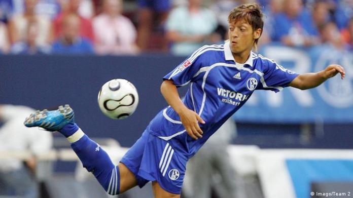 FC Schalke 04 Mesut Özil (Imago / Team 2)