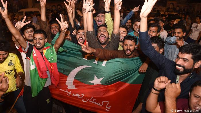 Imran Khan supporters celebrate PTI's election victory (Getty Images/A.Ali)