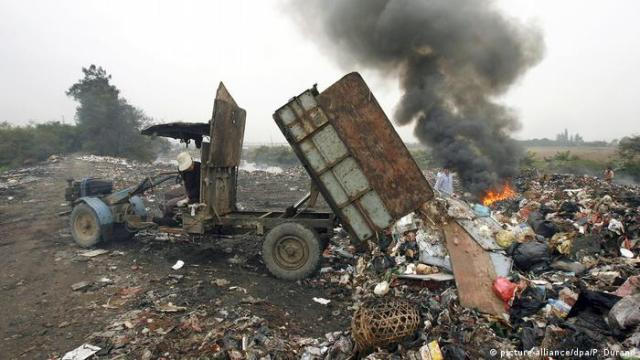 Computer waste in China on fire