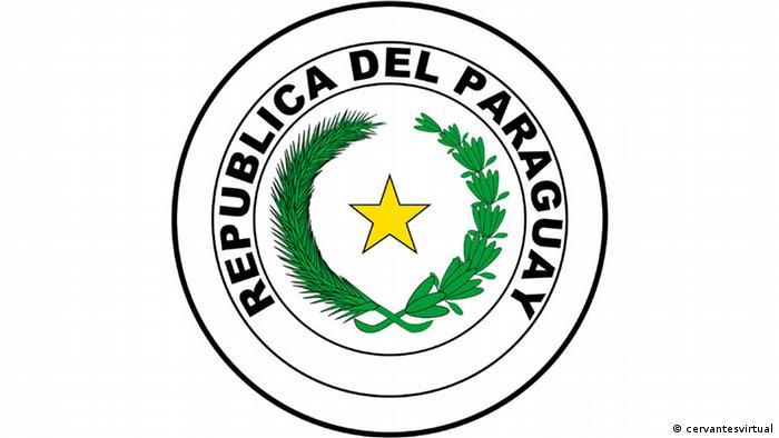 No habrá delitos de prensa, sino delitos comunes cometidos por medio de la prensa. Toda persona tiene derecho a generar, procesar o difundir información, como igualmente a la utilización de cualquier instrumento lícito y apto para tales fines. Se garantiza el pluralismo informatiov , dicen los art. 26 y 27 de la Constitución del Paraguay. Primer texto: 1870 Vigente: 1992. https://bit.ly/2rZXAJc