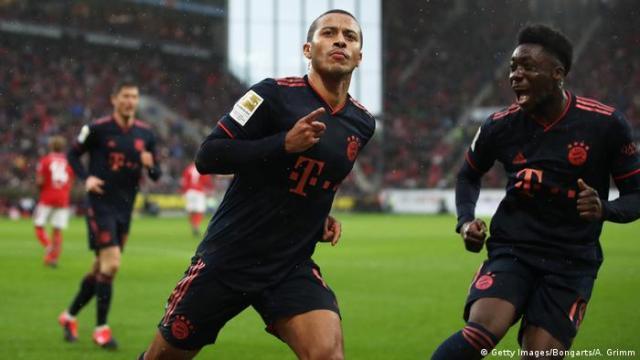 Thiago celebrates