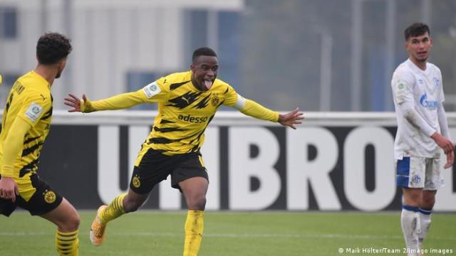 Youssoufa Moukoko scores for Borussia Dortmund youth team