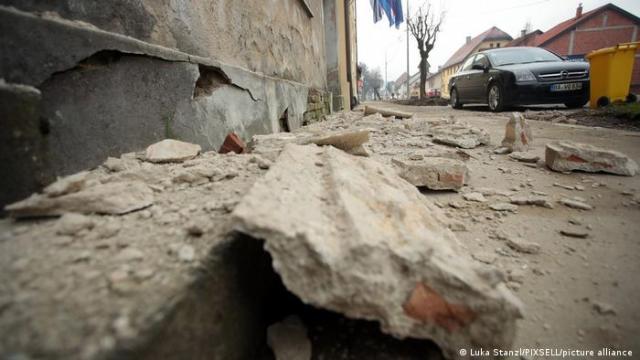 Petrinja I Erdbeben erschüttern Krotatien