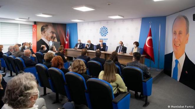 Türkei   Memleket Partisi  neue Partei von Muharrem Ince