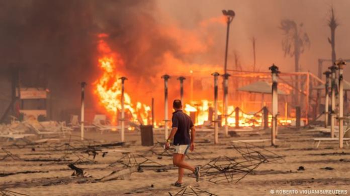 Πυρκαγιές στη Σικελία