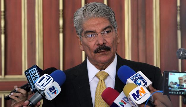 Norman Quijano arremete contra fiscal Melara por antejuicio