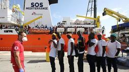 Image result for 371 rescued migrants disembark at Sicilian Port