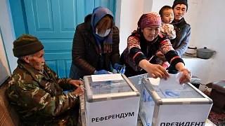 Kırgızistan'da cumhurbaşkanlığı seçimleri ve referandum