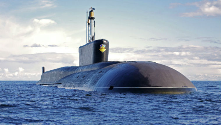 Un sous-marin russe doté de 200 têtes nucléaires vogue vers la Syrie