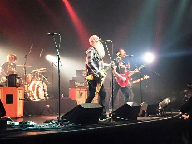 Eagles-of-Death-Metal-concert-at-Bataclan