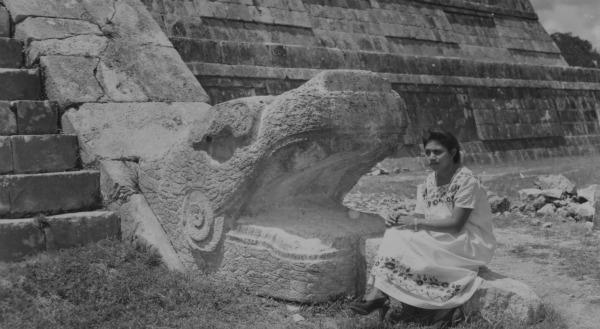 Il crollo della civiltà Maya, l'abbandono delle magnifiche città disseminate lungo i territori attualmente compresi tra Messico e Guatemala, fu un evento quasi improvviso sulle cui cause gli archeologi indagano da decenni. L ultimo studio pubblicato da Science svela che ad originare il collasso sarebbe stata una una diminuzione piuttosto modesta nella portata delle piogge.