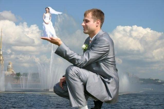 Le foto più assurde degli album di nozze dei matrimoni russi.