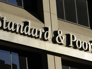 Declassarono rating Italia, assolti i manager di Standard&Poor's: non fu manipolazione mercato