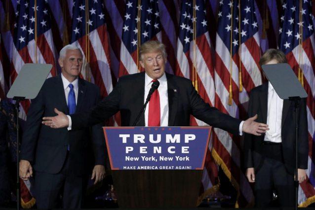 Trump nomina ricchi banchieri d'affari ai vertici di Tesoro e Commercio