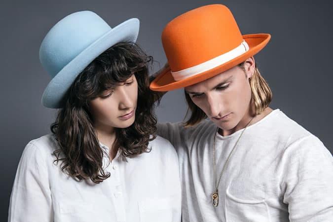 Collection de chapeaux melons BySju x Oliver Proudlock