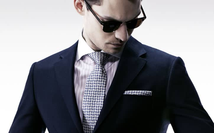Ne faites pas correspondre votre pochette à votre cravate