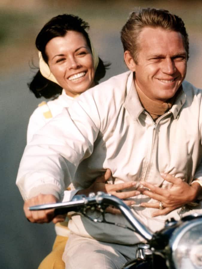 Steve McQueen portant une veste Harrington