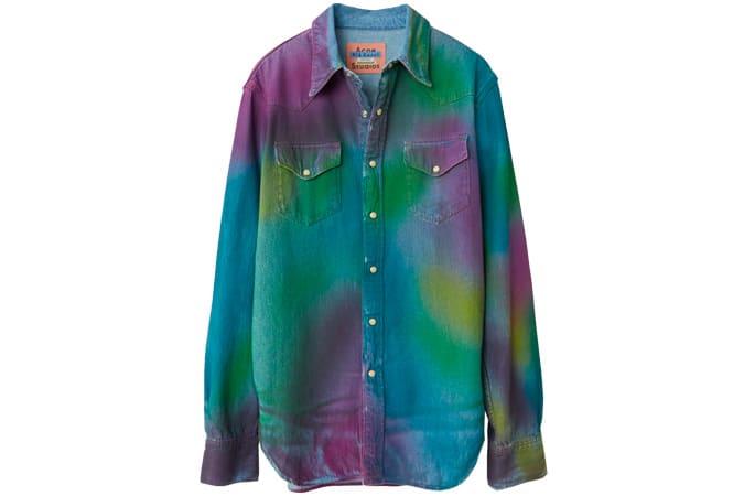 Chemise en jean spray arc-en-ciel