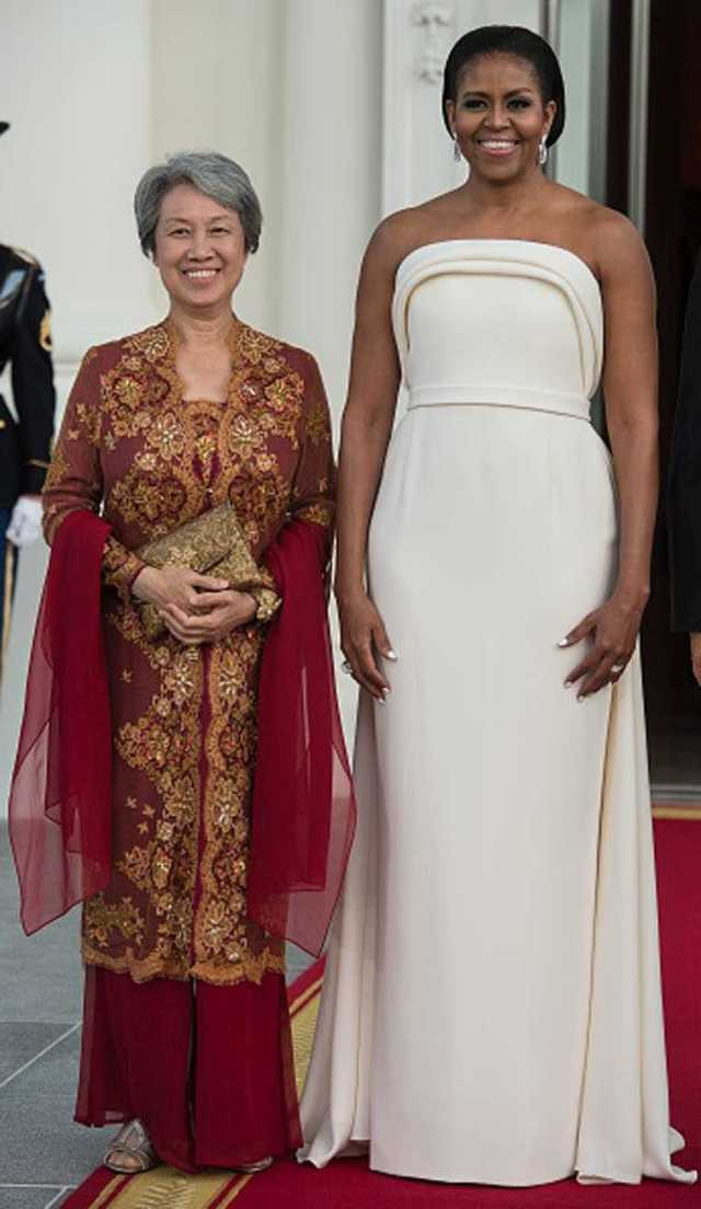 First-Lady-Michelle-Obama-State-Dinner-2016-White-gown-Brandon-Maxwell