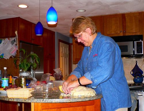 Making apple-pie