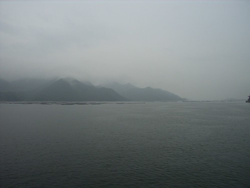 霧裡的宮島