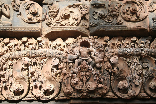 Carvings, Bantaey Srei