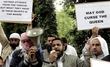 musulmanes ingleses vs Rushdie
