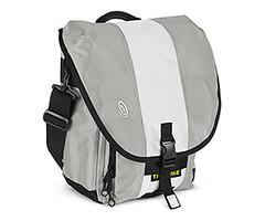 Timbuk 2 Blogger bag (in silver white silver)