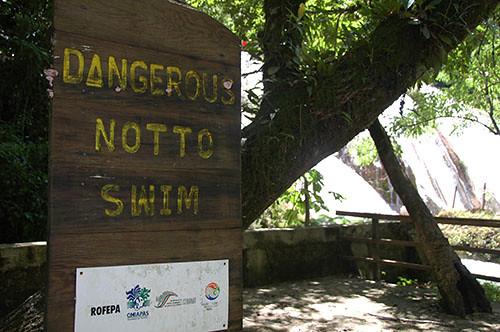 Agua Azul - 05 Dangerous Sign
