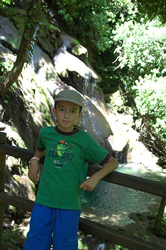 Palenque - 25 Nadav in Jungle walk back