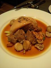 テート ド コション(豚頭)のマデラ酒とスパイス風味 ¥1800 TOURNER LA PAGE