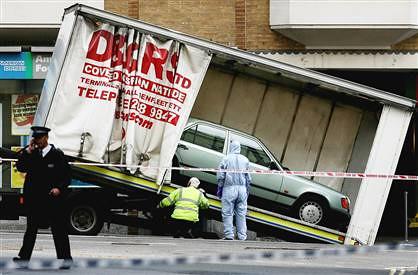 london car bomb.jpg