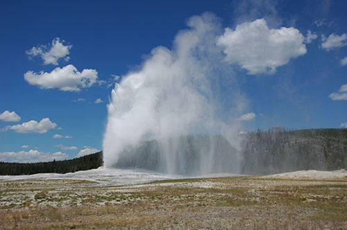 Yellowstone Old Faithful - Old Faithful Diminishing