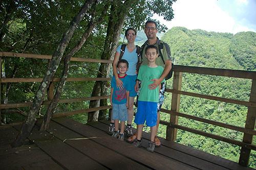 Semuc Champey - 10 Mirador Family