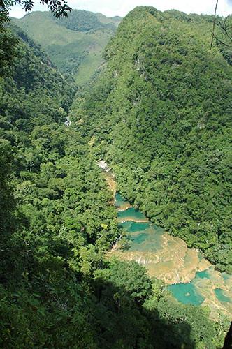 Semuc Champey - 08 Semuc natural bridge