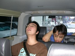 SBB 和小花累得睡著