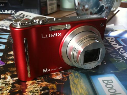 Lumix ZX1