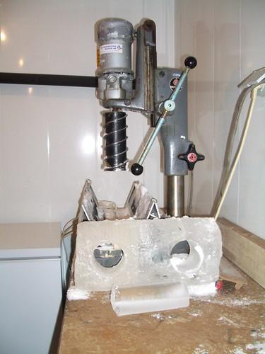 Máquina para sacar cilindros de hielo